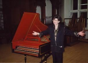 Zuzana_Red_Piano